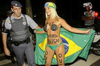 Gwb In Brazil 049